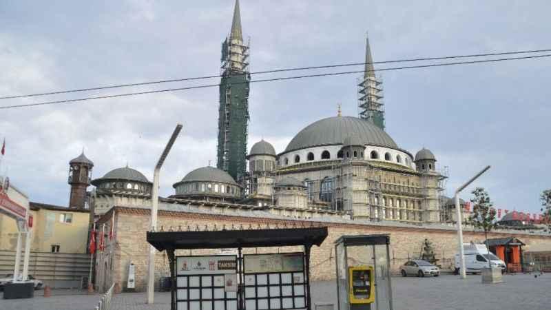 4 günlük kısıtlamanın ilk gününde İstanbul boş kaldı!