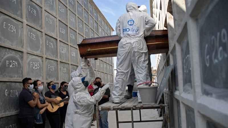 Dünya genelinde koronavirüs vaka sayısı 9 milyona yaklaştı