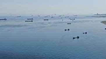 İstanbul açıklarındaki sahipsiz 7 gemi satışa çıkarıldı