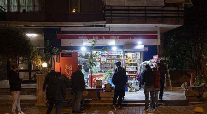 Sokağa çıkma yasağında marketler açık olacak mı?