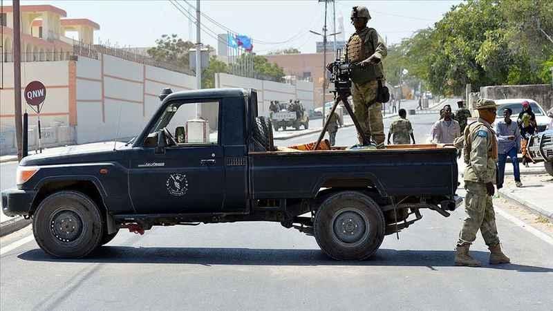 Mogadişu'da Türkiye Maarif Vakfı Okuluna yakın bölgede patlama