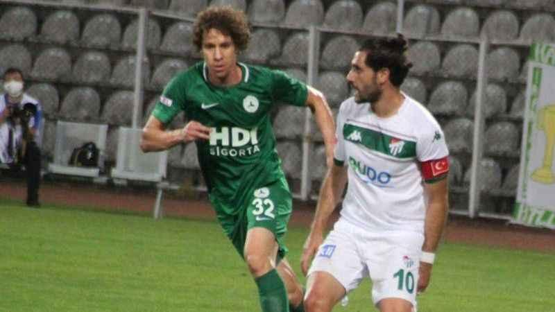 Bursaspor deplasmanda Giresunspor'u mağlup etti