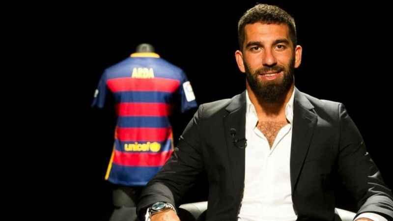 Arda Turan'ın Barcelona ile sözleşmesi resmen sona erdi
