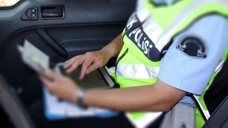 9'uncu kez alkollü yakalandı, ehliyetine 59'uncu kez alkollü yakalandı