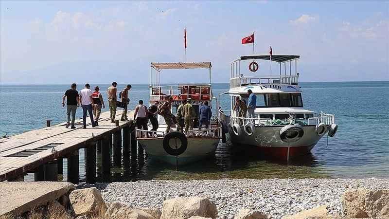 Van Gölü'nde 4 kişinin daha cesedi bulundu