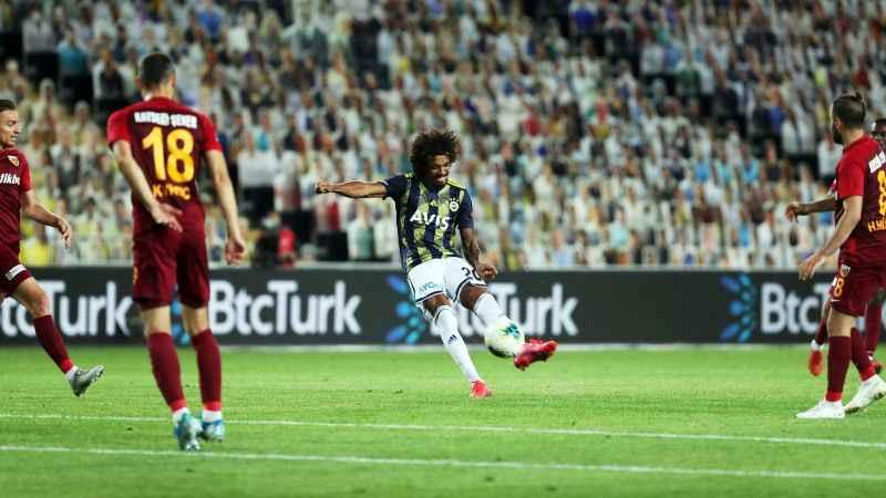 Lyon'un transferdeki hedefi Luiz Gustavo