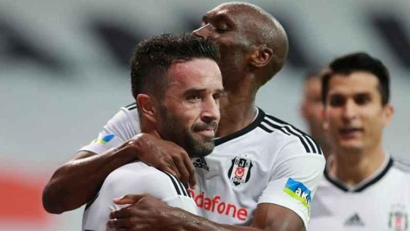 Emre Belözoğlu ile Gökhan Gönül buluştu!