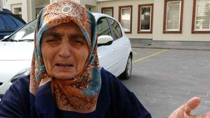 Hayırsız evlat 87 yaşındaki annesini önce dövdü, sonra evden attı!