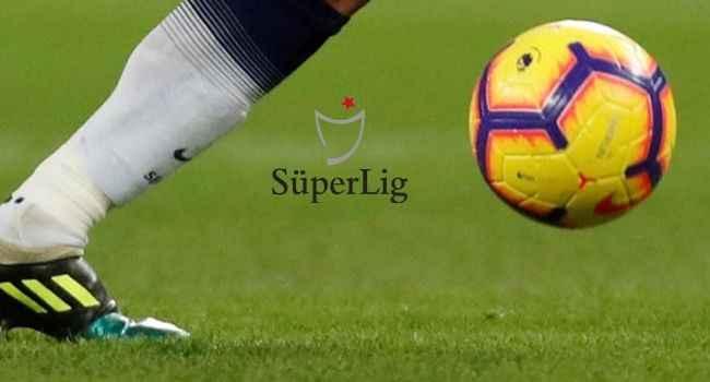 Süper Lig'de perde kapanıyor: Dört takımın düşme ihtimali var