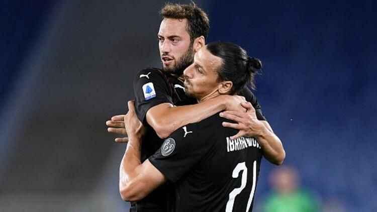 """""""Milan, Hakan Çalhanoğlu'nu kadroda tutabilecek mi?"""""""
