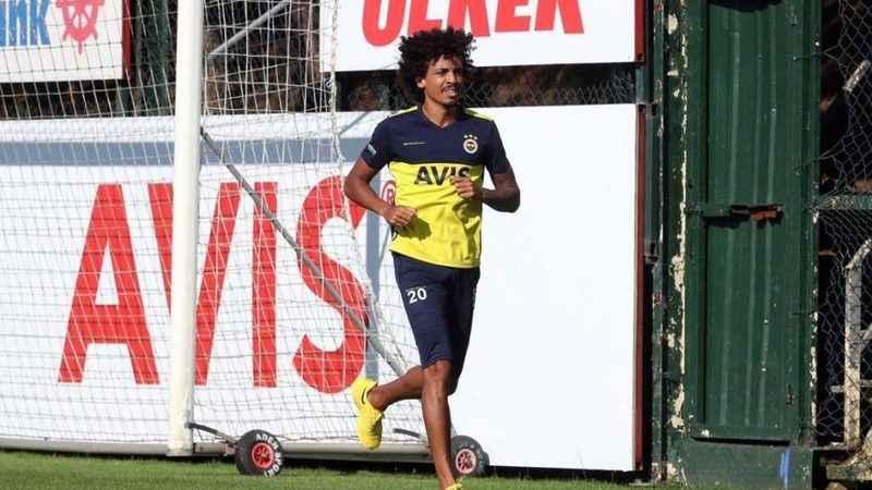 Fenerbahçe'den Luiz Gustavo paylaşımı