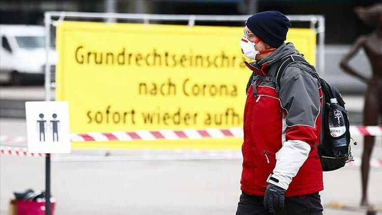 Almanya'dan kritik koronavirüs testi kararı
