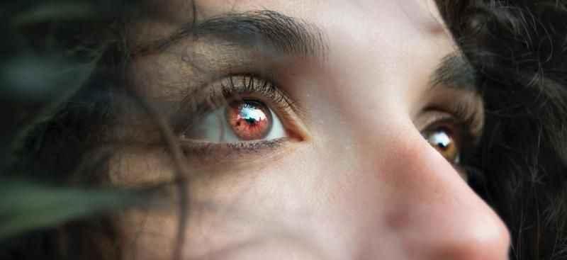 Tatilcilere 'kırmızı göz hastalığı' uyarısı