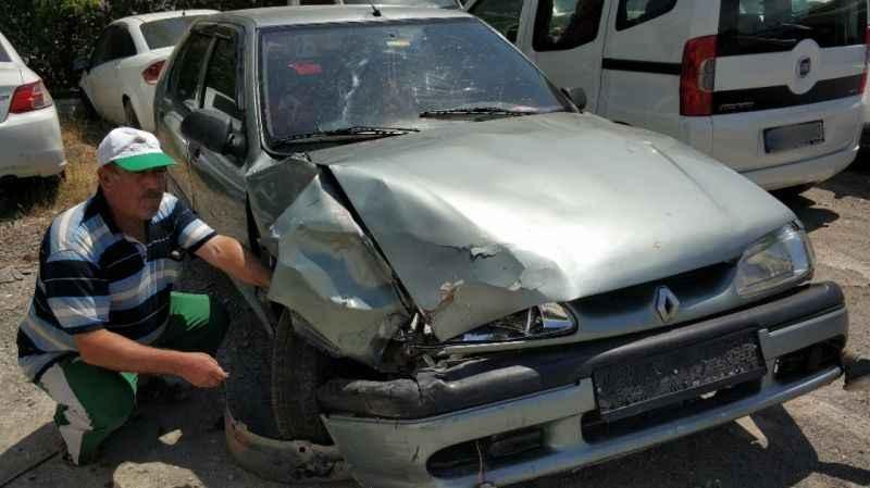 Samsun'da otomobil kaldırıma çıktı: 1 ölü