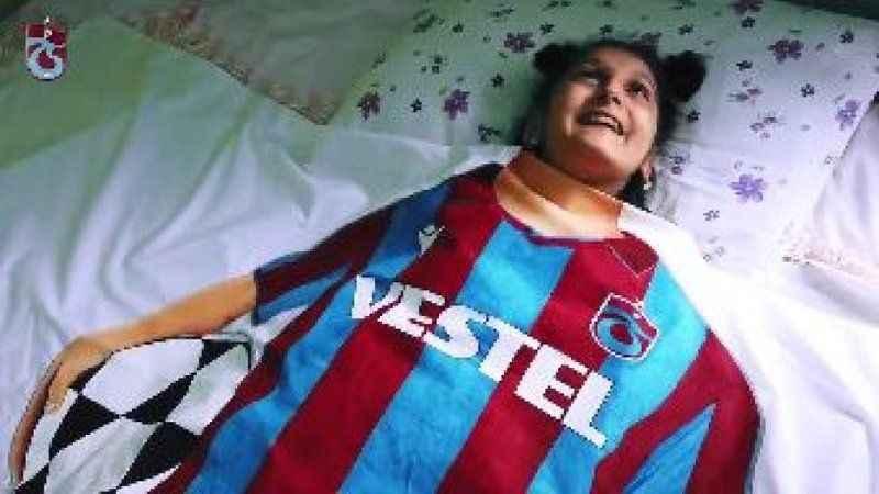 Trabzonspor'un forma tanıtımı yüz binlerce kişiyi duygulandırdı!
