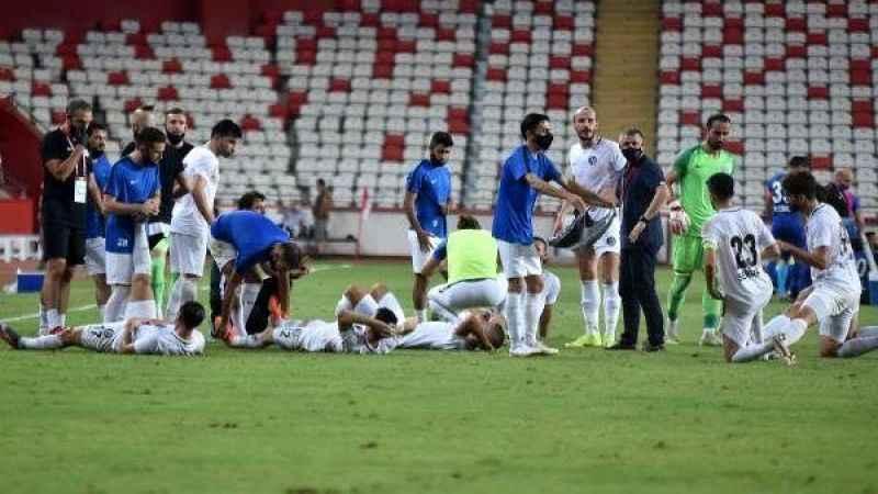 Tuzlaspor 1. Lig'e çıktı