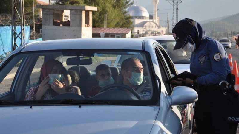 Gaziantep'te bir günde 2 bin 768 kişiye sosyal mesafe cezası!