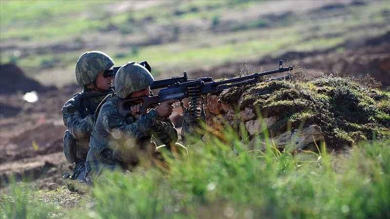 Zeytin Dalı bölgesinde 10 PKK/YPG'li terörist gözaltına alındı