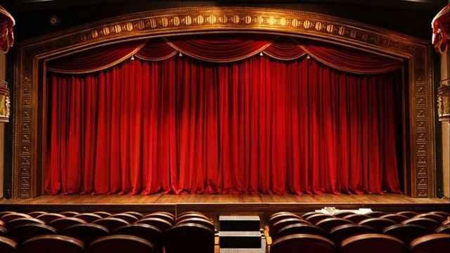 Koronavirüs nedeniyle kapatılan, Devlet Tiyatroları açılıyor