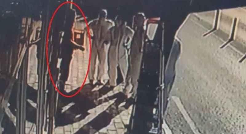 Koronavirüs hastası çiğköfte dükkanında yakalandı