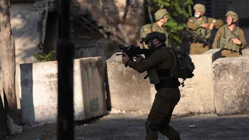 İşgalci İsrail güçlerinin yaraladığı Filistinli çocuk şehit oldu