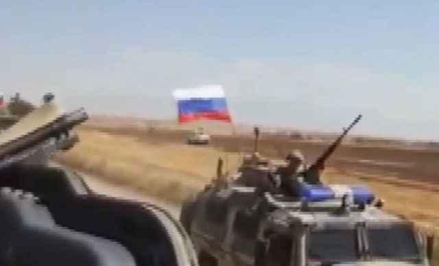Rus-ABD askeri araçları Suriye'de açık arazide çarpıştı