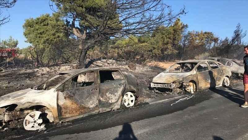 44 aracın hasar gördüğü orman yangınına sigara izmariti neden olmuş