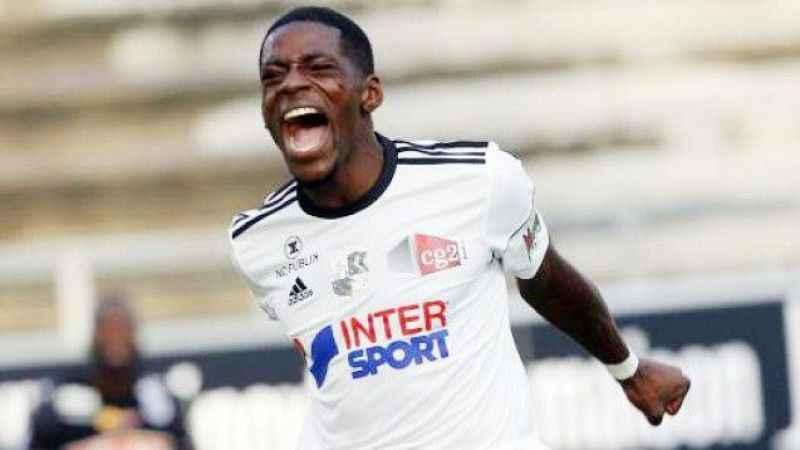 Kayserispor  Fransız oyuncu ile anlaştı