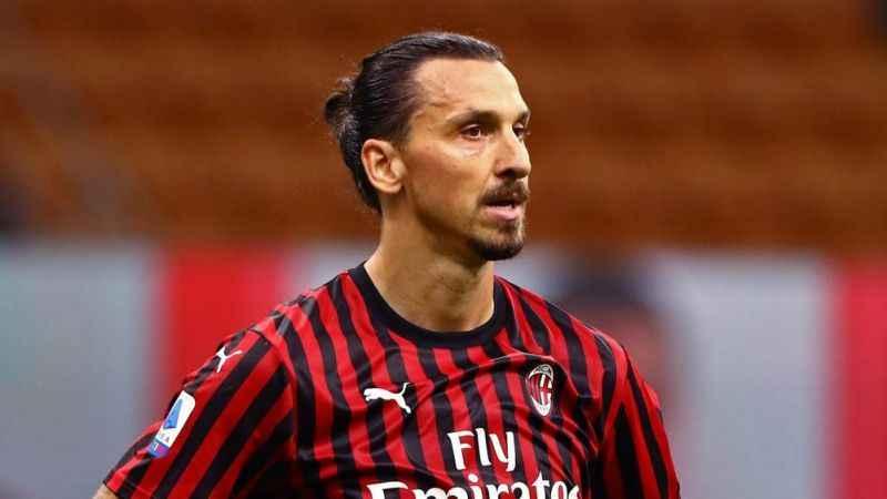 Zlatan Ibrahimovic'in durumu belli oldu! Milan'da kalacak mı?