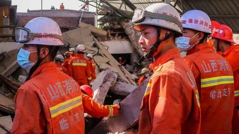 Çin'de restoran çöktü! 29 kişi hayatını kaybetti