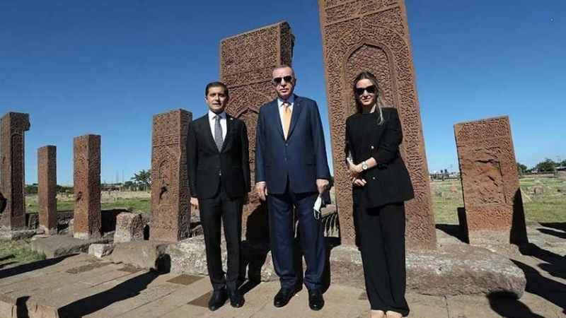 Erdoğan'ı ağırlayan kaymakam FETÖ'den ihraç edildi