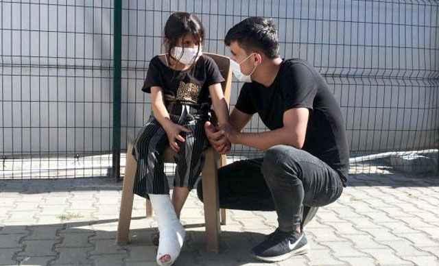 Yunan askeri, 8 yaşındaki Suriyeli Gazin'i plastik mermiyle vurdu