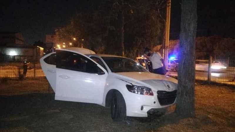 İzmir'de 250 bin lirasını gasp ederek kaçan şahıslar kaza geçirdi