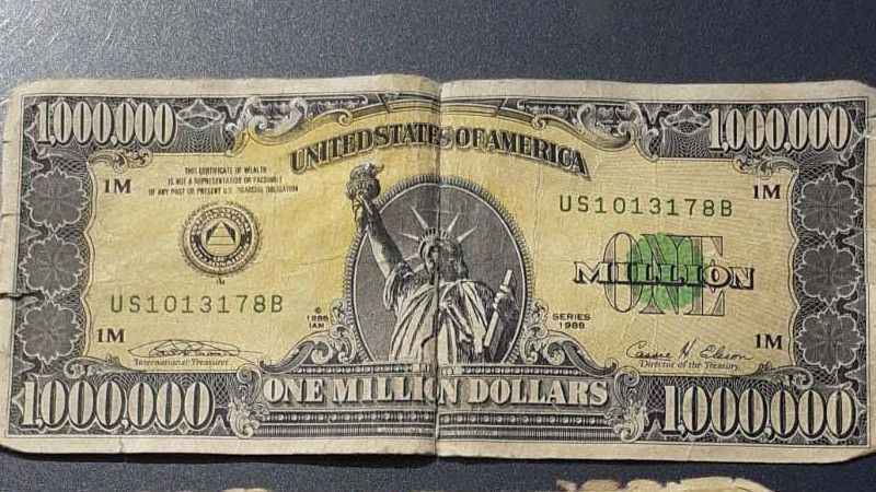 Kütahya'da 1 milyon dolarlık banknot ele geçirildi!