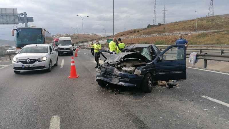 TEM Otoyolu'nda feci kaza, 1 kişi öldü, 4 kişi yaralandı