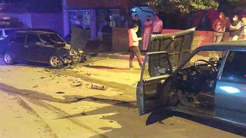 Biri alkollü, diğeri ehliyetsiz sürücüler trafikte dehşet saçtılar