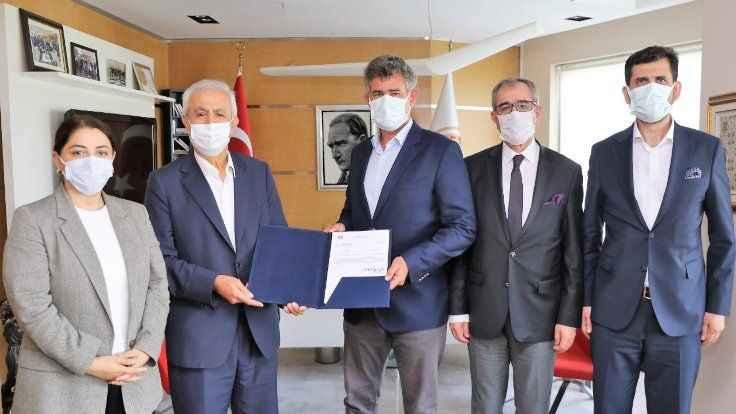 TBB, İstanbul'da ikinci baro için yetki belgesini verdi