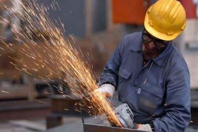 İşçilerin yüzde 70'inin maaşı ay sonuna yetmiyor