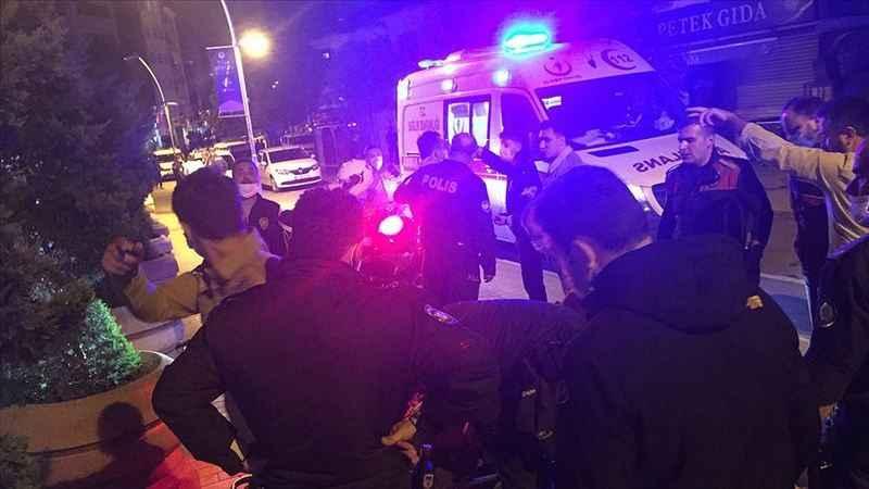 Kavga ihbarına giden polis ekiplerine saldırdılar: 2 polis 3 bekçi yaralı