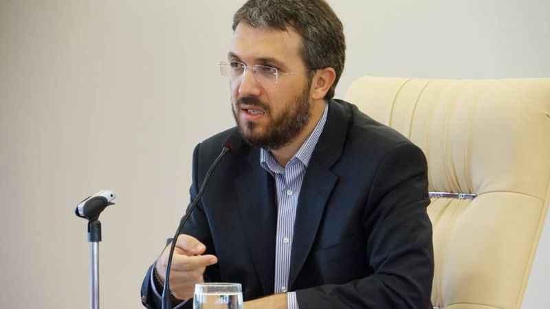 ATV'ye 'din düşmanı' diyen İhsan Şenocak kanalın kapatılmasını istedi