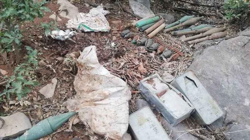 Irak'ın kuzeyinde PKK'ya ait malzemeler ele geçirildi