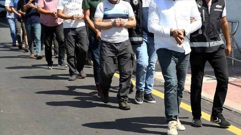 Ankara'da ByLock kullanan 12 FETÖ şüphelisi yakalandı