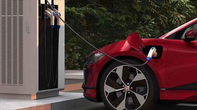 Almanya'da elektrikli otomobiller için evde şarj istasyonuna destek
