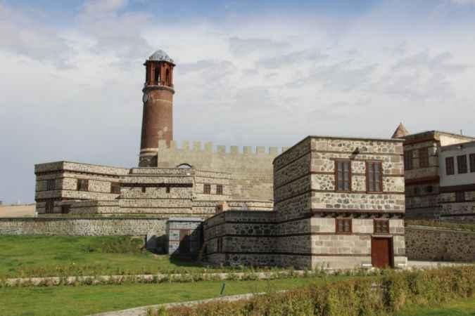 Erzurum Kalesi restorasyon çalışmalarında sona gelindi