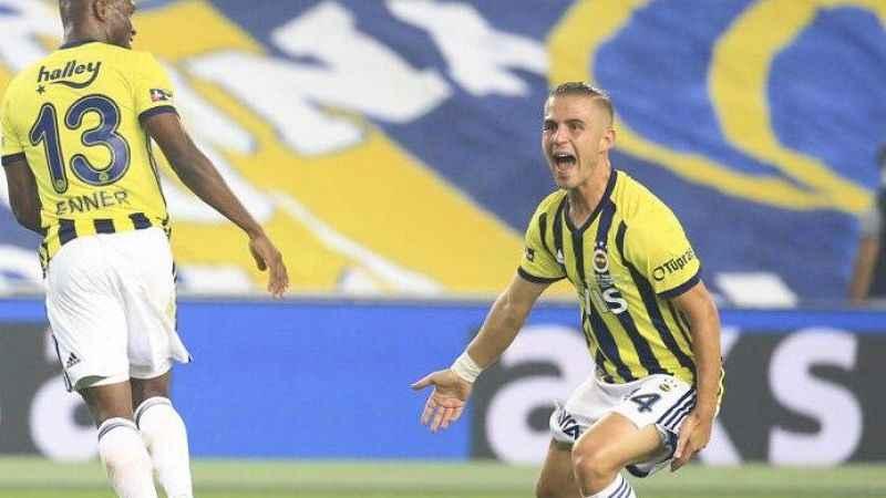 Dimitrios Pelkas, sahalardan 3-4 hafta uzak kalacak!