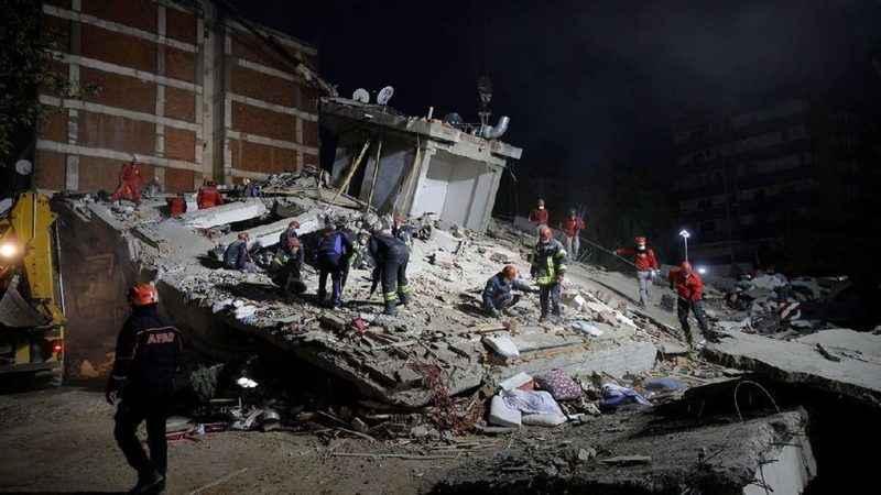 Deprem sonrasında Türkiye'ye dünyadan destek mesajları yağdı