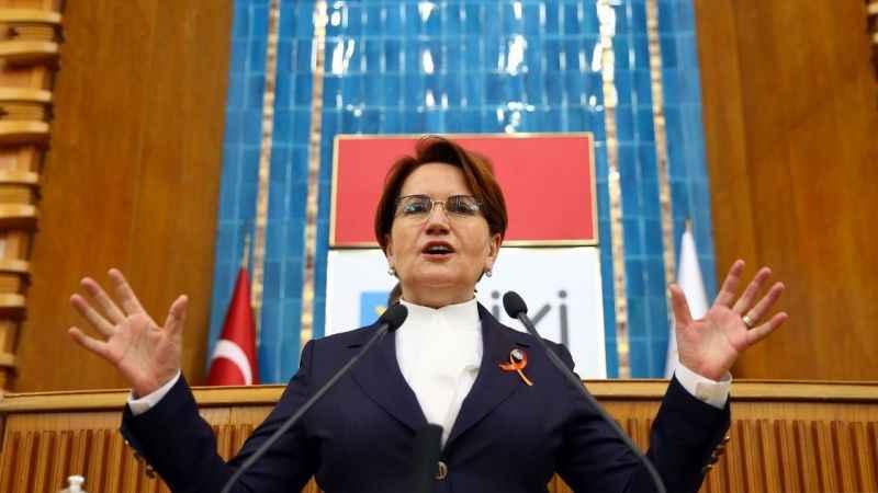 Meral Akşner'den Cumhurbaşkanı Erdoğan'a: Ya Berat Albayrak, ya millet!