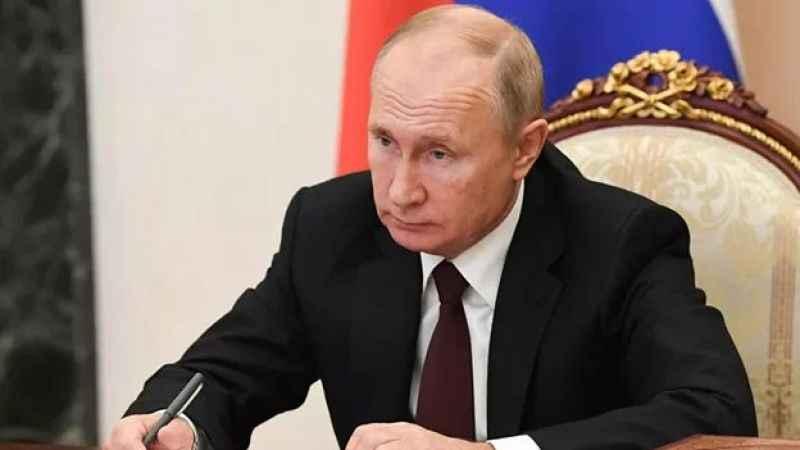 Rusya'da kabinede önemli değişiklik! Üç bakan görevden alındı