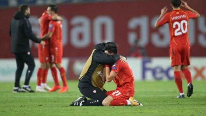 Kuzey Makedonyalı oyuncular son düdükle birlikte hüngür hüngür ağladı!