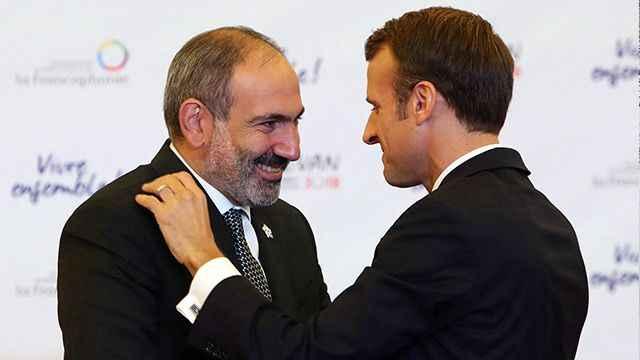 Karabağ'daki barış Macron'u rahatsız etti! Macron yangına odun taşıdı